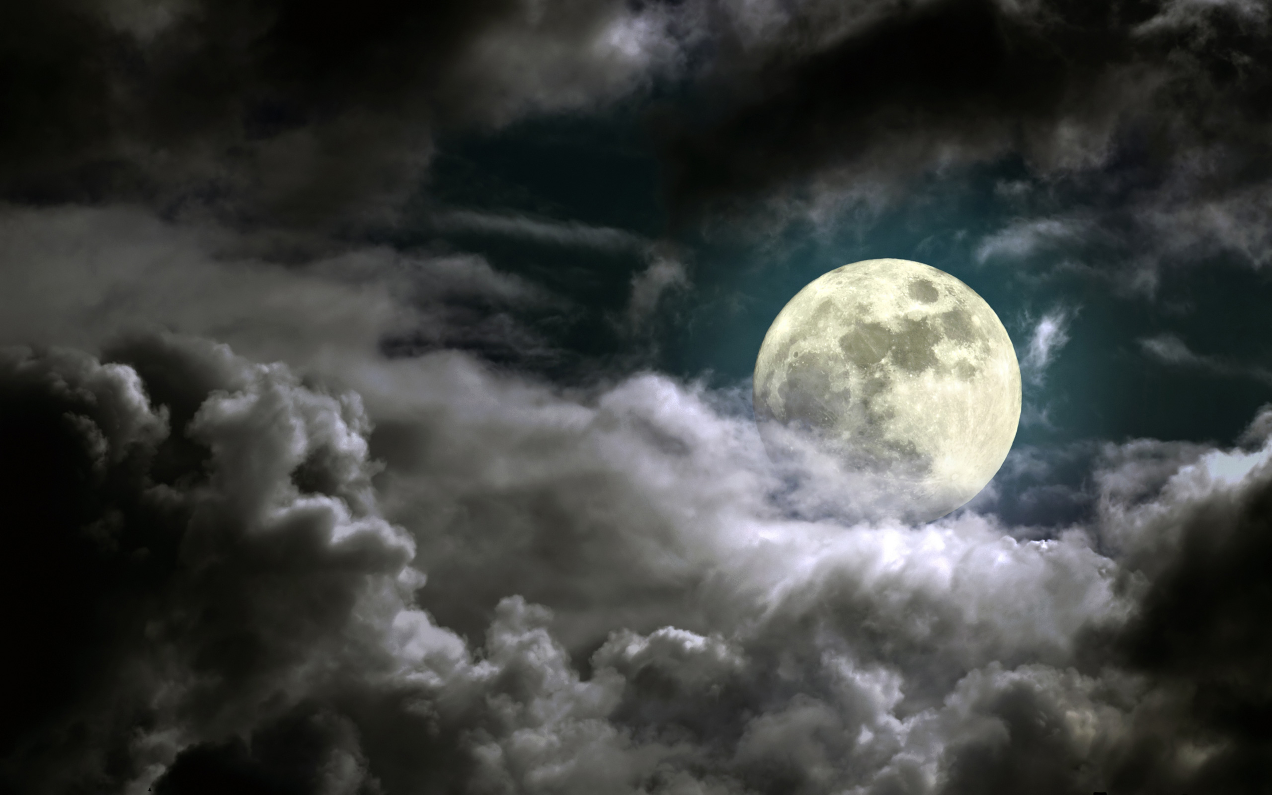 How the full moon can affect your body