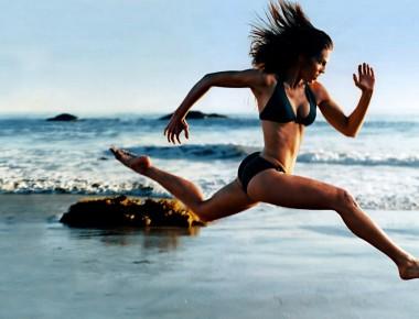 barefoot-running-girl